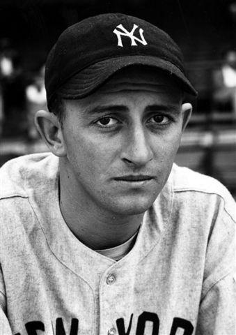 422a5829a Soft-spoken Richard Atley Donald once threw 95-mile-per-hour fastballs for  the 1939 New York Yankees, the first major league team to win four straight  World ...